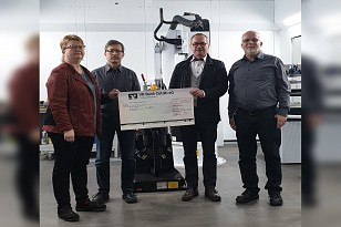 Spendenübergabe Firma Seelig + Co. Feinblechbau GmbH
